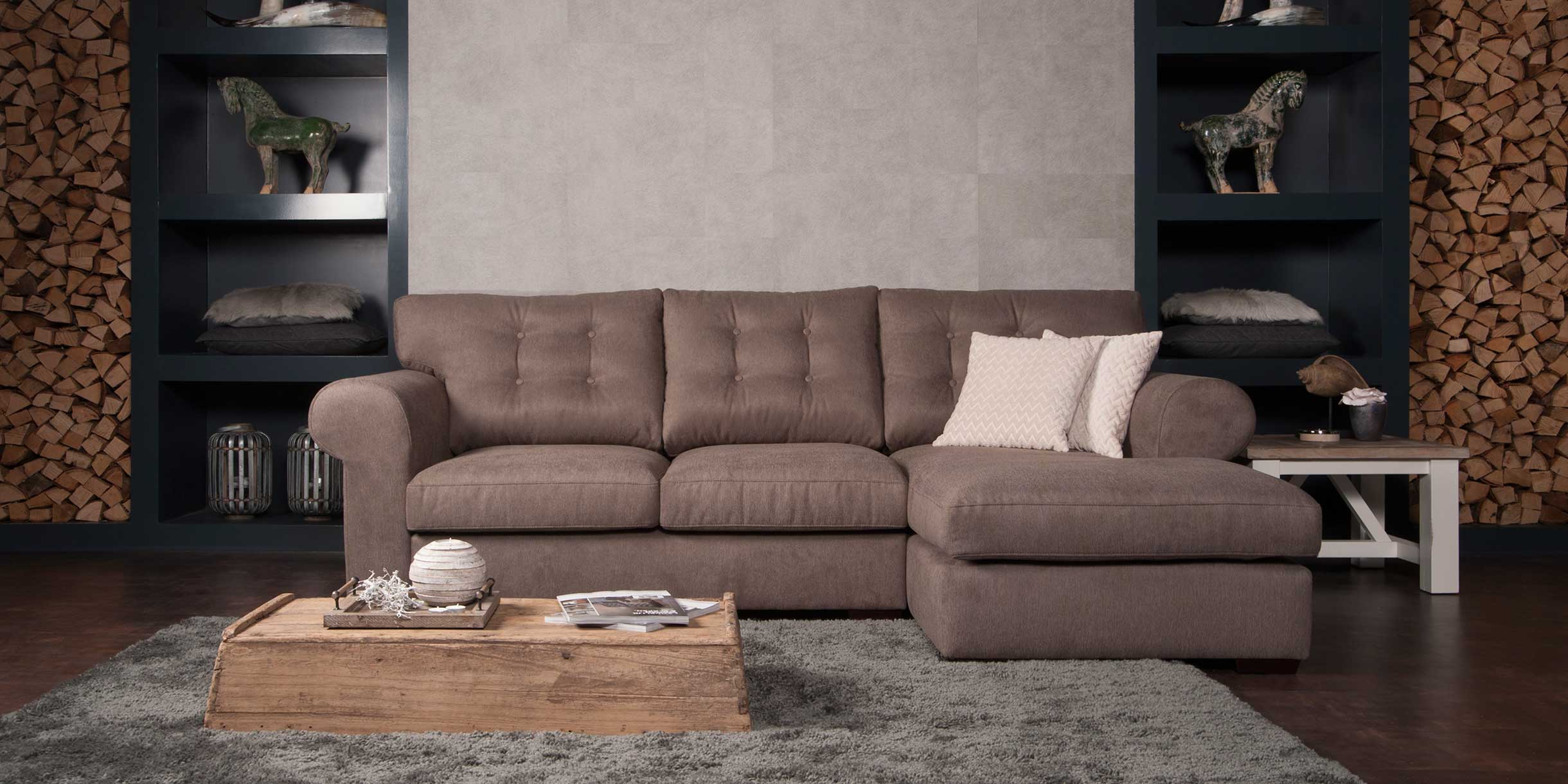 UrbanSofa-Merlin-Presto-lounge-met-sierkussens